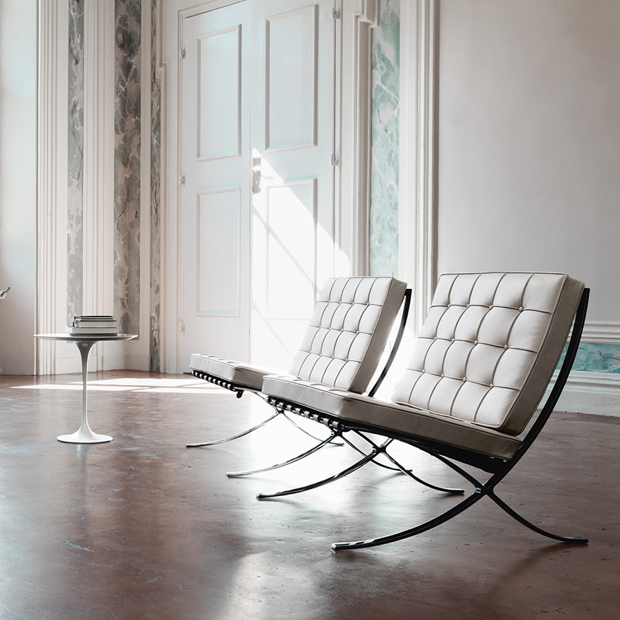 barcelona-chair-saarinen-side-table1